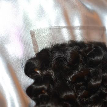 nalas-mane-curly-hair-close-up